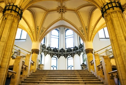 Magyar Kultúra Alapítvány rendezvényterem Budai Vár, esküvői helyszín Budapest.